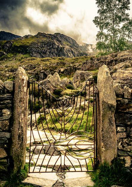 Ornamenal gate into Llyn Idwal