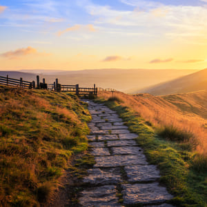Sunset on the Edale 9 Edges walking route